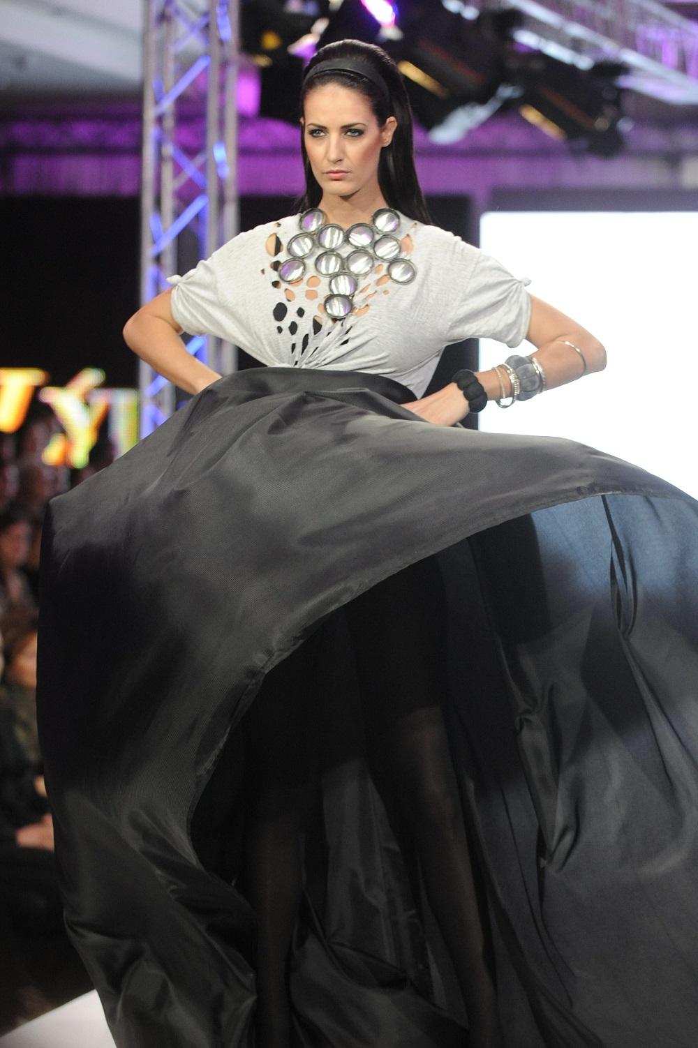 03c7f622bc67 Módna prehliadka Lýdia Eckhardt a Mladé talenty v roku 2012. Foto - TASR